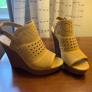Jasmin Wedge Leather Shoe